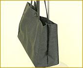「パーティーのお供に!シャンタン素材が華やかなリボン付きサブバッグ(折りたたみ可能)」詳細写真